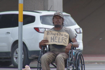 Texas Man Making $1,000 a Week Panhandling