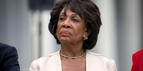 maxine waters trump